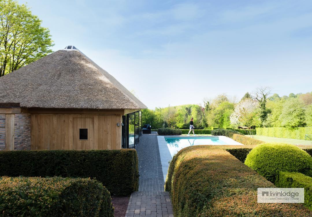 Houten poolhouse landelijke stijl